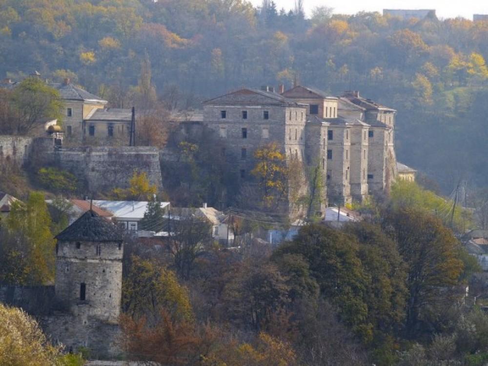 Реконструкция казарм Старой крепости под рекреационно-туристический комплекс